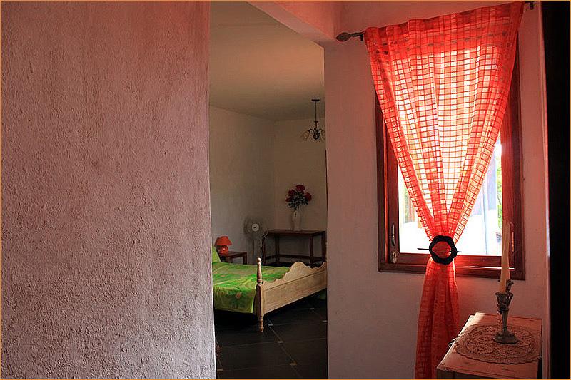 Room1_entrance2