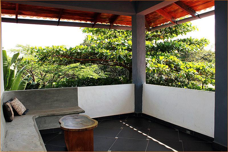 Room1balcony