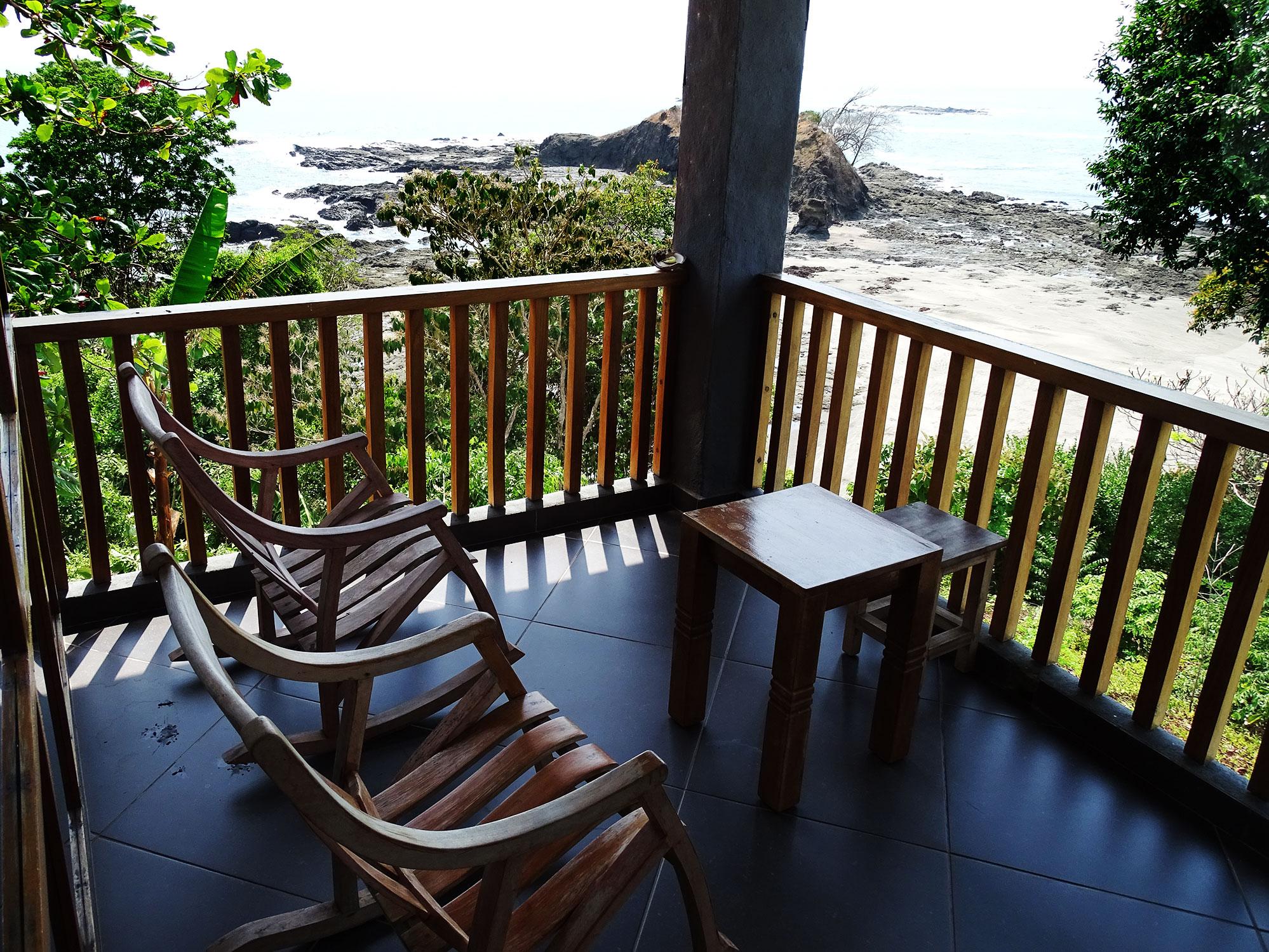 Acacia balcony